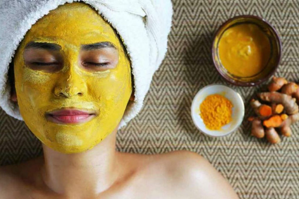 Curd and Turmeric Face mask